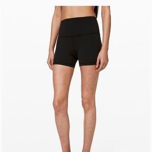 "Align short 4"" shorts black size 4"